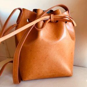 Mansur Gavriel Bucket Bag Mini Camello